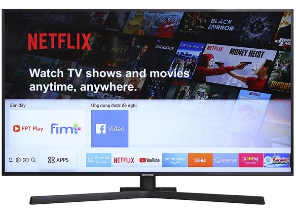 Tivi Samsung nổi bật với màn hình cong